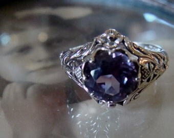 Art Nouveau design Sterling Silver Alexandrite  Ring  Size 8.5