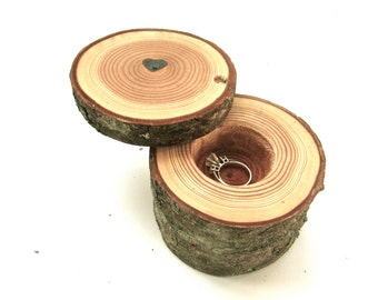 Valentines Day Ring Box, Wood Heart Box, Proposal Ring Box, Wood Ring Box, Tree Branch Ring Box, Wood Box, Wood Anniversary Ring Box