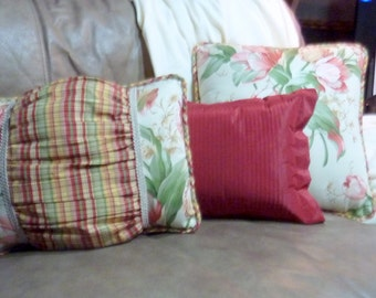 Designer Pillows - Waverly fabric  - Pillows - Tulips on cream - corded edges - same fabric both sides - Tulip Pillows - set of 3