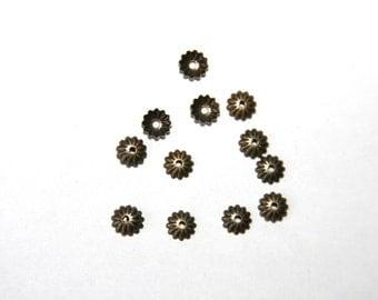25 PCs bead caps / 6 mm / bronze tone  PK 036