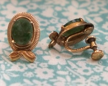 Vintage 1960s Amco signed 14K Gold Filled Green Jade Screw Back Earrings