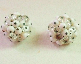 earrings 1950s from old JAPAN, vintage earrings white milk glass and clear cut glass, clip on earrings