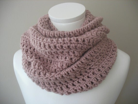 """Blush Pink cowl,  Infinity Scarf,  Chunky Crochet Scarf,  Infinity Cowl / Snood in the color """"Blush"""""""
