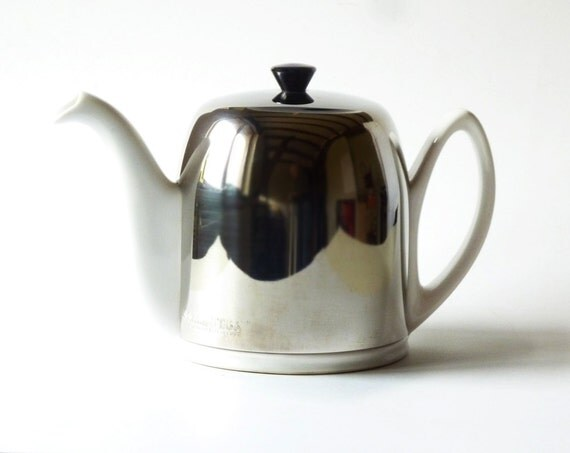 Salam White 6 Cups Insulated Tea Pot By Guy Degrenne