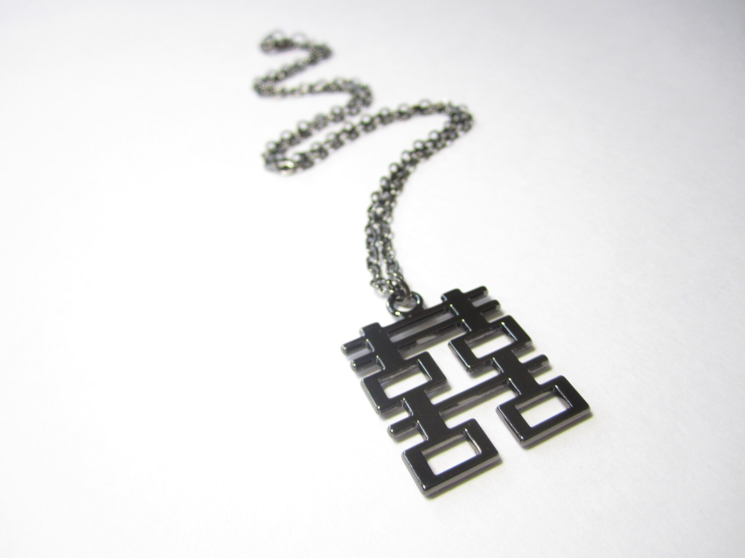 chinese double happiness necklace made of bone