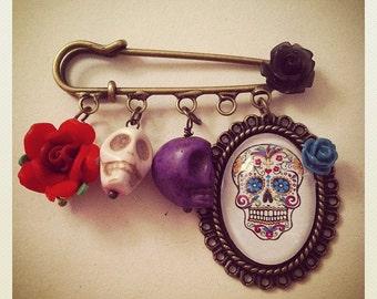 Mexican Day of the Dead/ Sugar Skull Brooch/ Kilt Pin. Handmade, Unique.