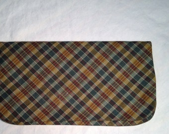 Vintage Margaret Smith Plaid Clutch Gardiner Maine c.1955-1960