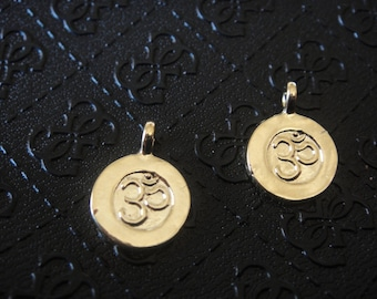 18k gold plated 925 sterling silver om charm, vermeil om charm, pendant 1 pc., shiny gold