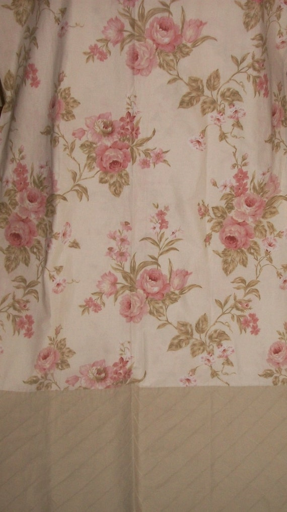Lovely Shabby Cottage Chic Laura Ashley Fabric Shower Curtain