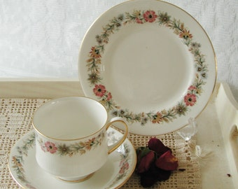 Vintage Paragon Belinda Teacup trio (tea cup and saucer and cake plate) TT020