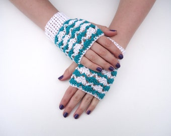 Lacy mittens, fingerless mitts with lace, green and white, made of cotton, suitable for spring