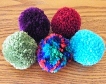 5 Handmade 2 inch Yarn Pom Pom Cat Toy Balls Sprayed with Catnip Mist Spray Colors: Purple, Red, Green, Ombre and Blue