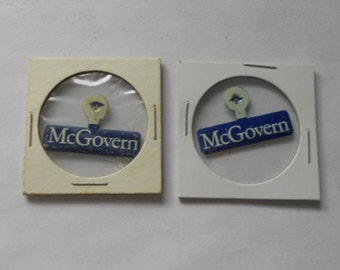 McGovern for President Fold Over Lapel Pins 1972 Election