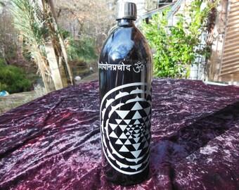 Sandblasted Miron Glass Sri Yantra Gayatri Mantra 1 Liter