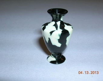 "Black and White 1"" Scale Vase"