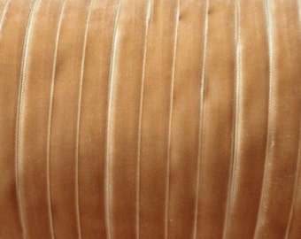 10 yards 3/8 inches Velvet Ribbon in Pale Gold RY38-143