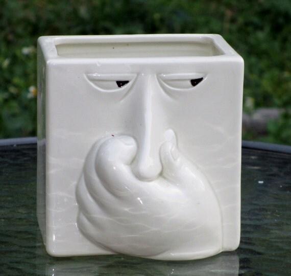 Vintage Fitz Floyd Stinky Face Holding Nose Baking Soda Box