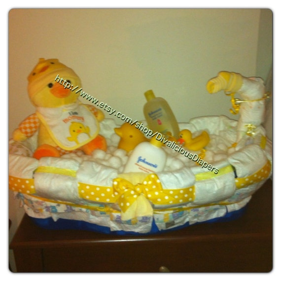 diaper cake bath tub baby shower gift by divaliciousdiapers. Black Bedroom Furniture Sets. Home Design Ideas