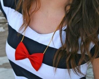Bow tie Necklace