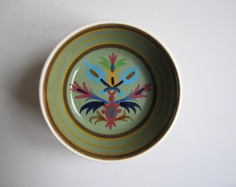 collectible hand painted ceramic bowl made in Greece by keramikos