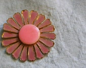 Vintage flower pin. Pink flower pin. Pink and gold and flower pin. Flower brooch. Mod flower pin.