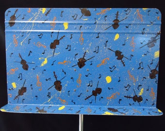 Painted Metal Music Stand with Violins