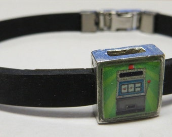 Vegas Slot Machine Link With Choice Of Colored Band Charm Bracelet