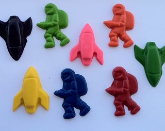 set of 30 astronauts and rocket party favor crayons