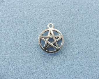 8 pentagram charms - double sided - tibetan silver - 20mm x 17mm - tibet silver charm - pentagram charm