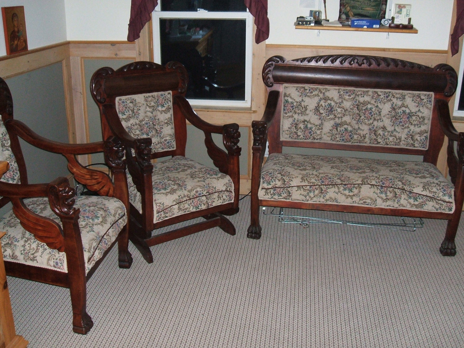 Antique Carved Mahogany Lions Headwings Paws Settee Chair And