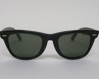 New Vintage B&L Ray Ban Wayfarer Matte Black G-15 50mm or 54mm Sunglasses USA