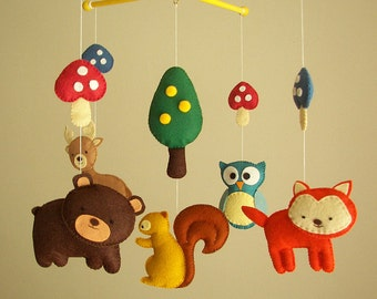 "Baby crib mobile, forest mobile, animal mobile , felt mobile ""Forest friends"" - Fox, Squirrel, Owl, Bear, Raindeer"