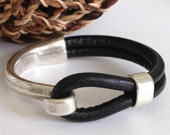 Black Leather Bracelet, Antique Silver Hook Clasp, Leather Bangle, Silver And Black Bracelet, Silver Clasp Bracelet,Women's Leather Bracelet