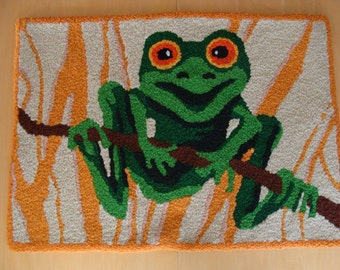 Handmade Frog Accent Rug