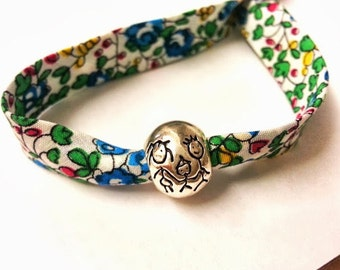 Liberty of London bracelet, multicolour. Beautiful silver plated bead family