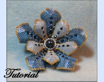 Flower Pearl Beaded Brooch - Beaded Jewelry Pattern
