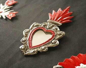 MIRROR HEART LEAVES