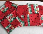 PH-007 - Potholders with matching coasters