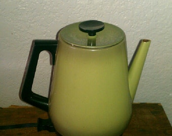 Groovy 70s Olive Green Electric Coffee Maker with Reusable Filter - Works