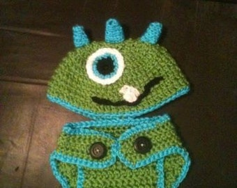newborn monster hat and diaper cover