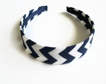 Fabric headband: chevron navy  headband, fabric covered plastic headband. Wide headband, Hard headband, navy headband. Womens headband