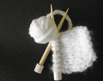 Doll house miniature 12th scale knitting needle set with ball of wool