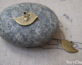 20 pcs of Antique Bronze Lovely Bird Heart Charms 10x15mm A2288