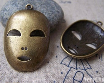 6 pcs of Antique Bronze Halloween Mask Charms 26x40mm A716