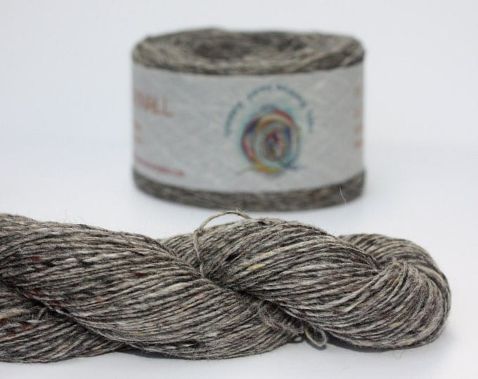 Spinning Yarns Weaving Tales - Tirchonaill 521 Grey 100% Merino for Knitting, Crochet, Warp & Weft