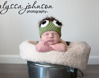 Crocheted Oscar The Grouch Hat and Photo Prop