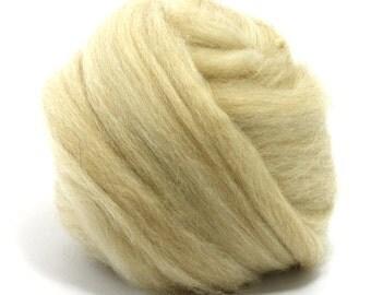 De-Haired White Baby Camel Top / Roving - Spinning Fibre / Fiber - Felting