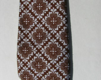 Beautiful Vintage Men's Necktie by Suberba Cravats  -1940s