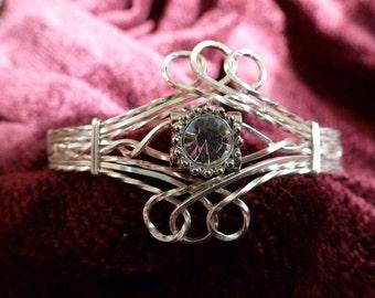TUTORIAL: Sweeping Swirls Bracelet