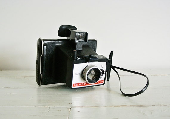 vintage polaroid colorpack 80 land camera. Black Bedroom Furniture Sets. Home Design Ideas